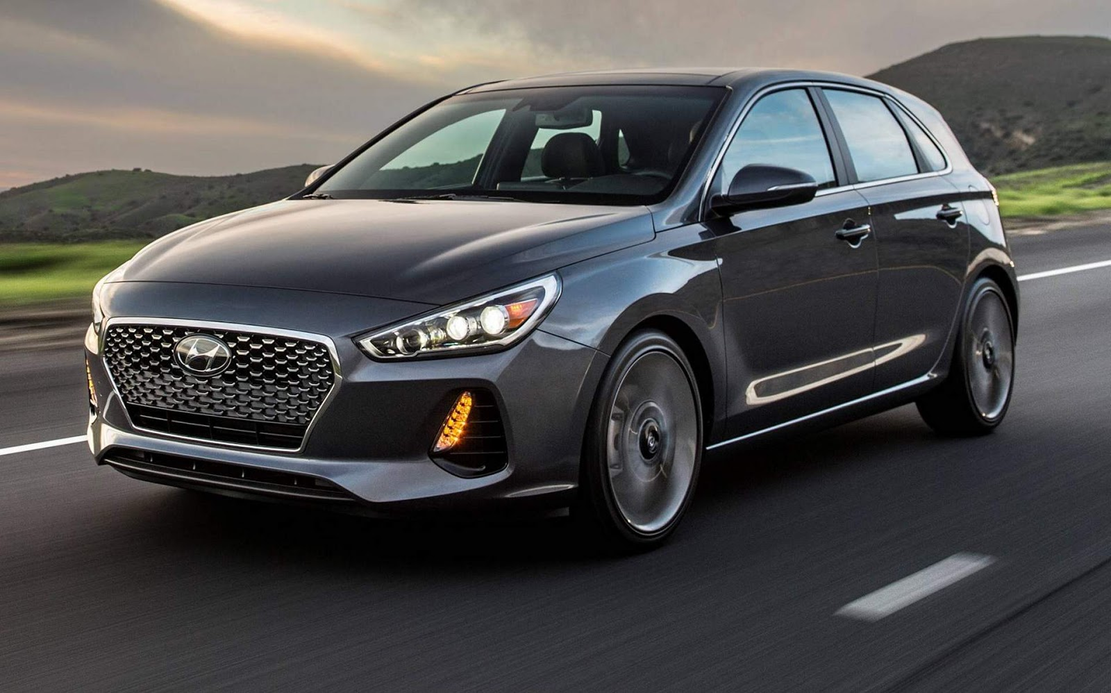 hyundai elantra gt hatch 2018 o i30 chega aos eua v deo car blog br. Black Bedroom Furniture Sets. Home Design Ideas