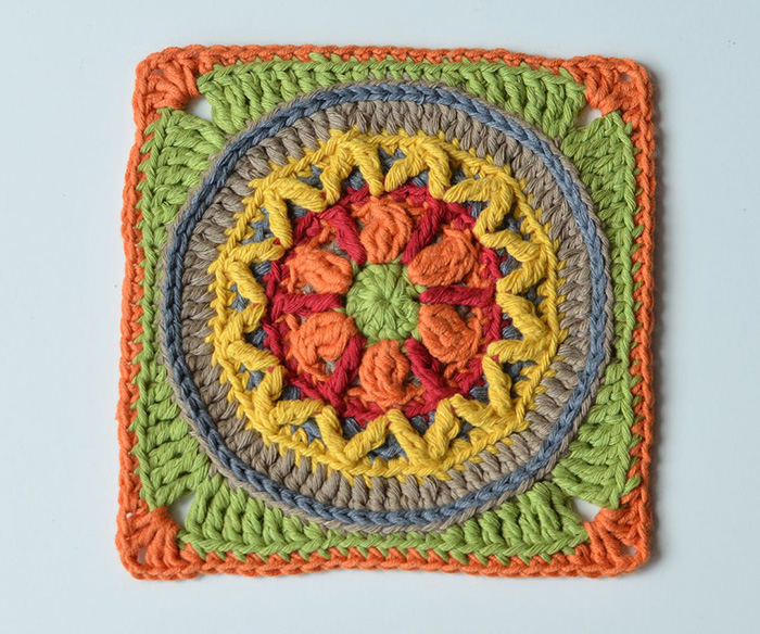 Circles of the Sun Mystery CAL 2015 - overlay crochet - Block 4 #free crochet pattern by LillaBjornCrochet