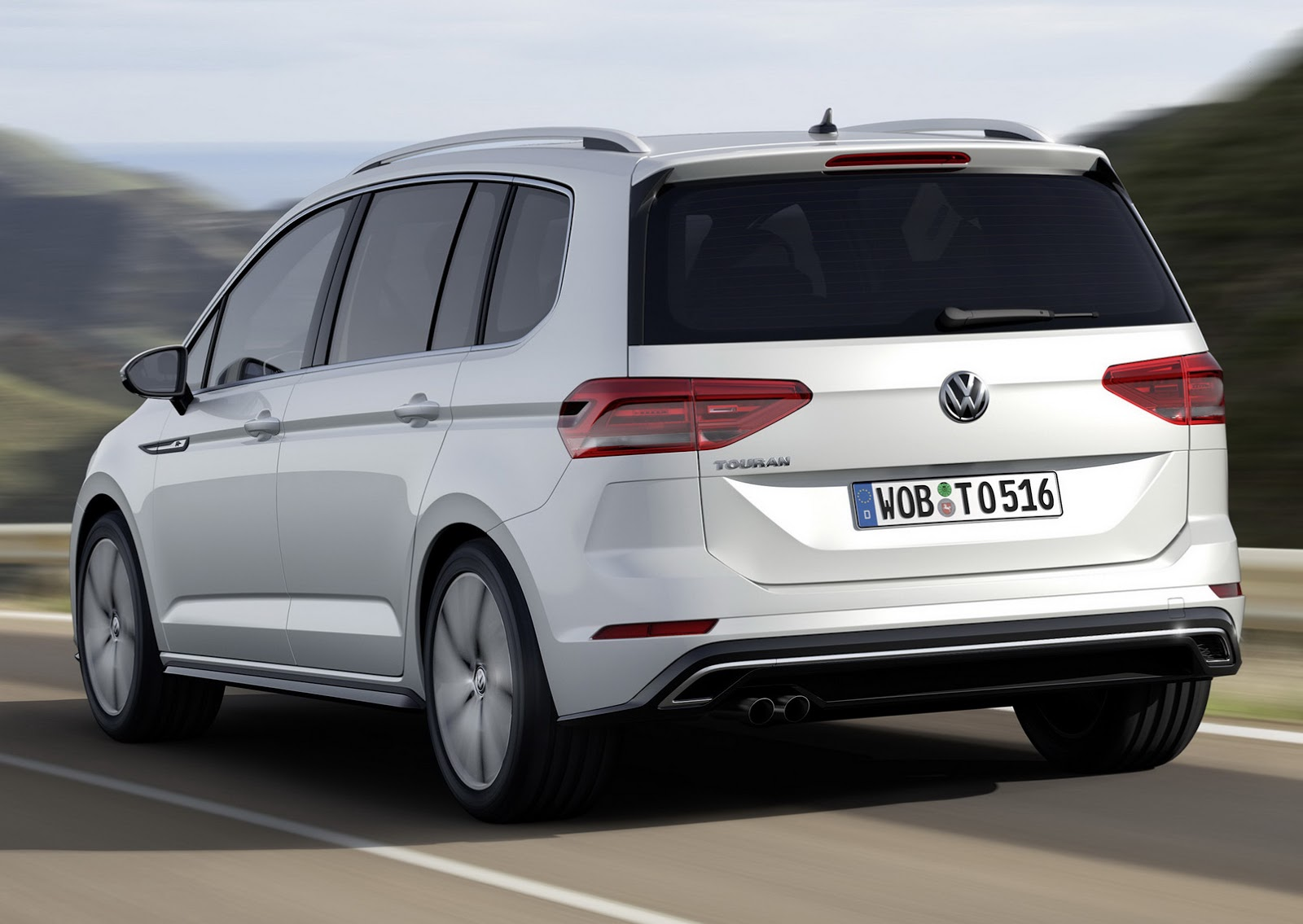 it s official all new vw touran based on mqb platform w video carscoops. Black Bedroom Furniture Sets. Home Design Ideas
