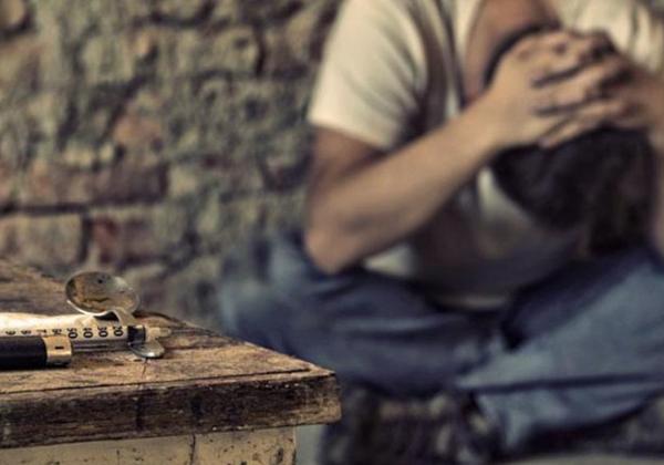 Έλληνες επιστήμονες: Ο εθισμός στα ναρκωτικά σχετίζεται με έναν αρχαίο ιό