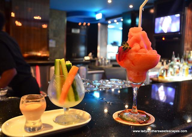 Veggie Sticks and Frozen Margarita at L'attitude