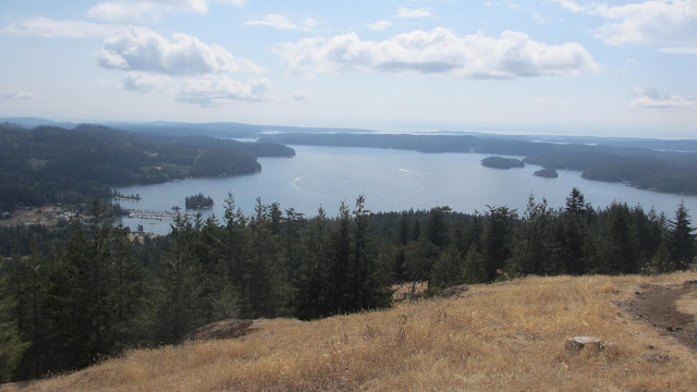 Turtleback mountain hike Orcas Isalnd