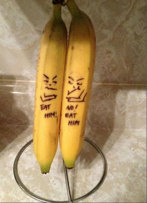 Two bananas want same thing