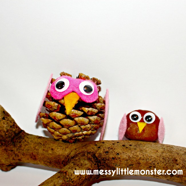 Autumn/ Fall kids craft ideas using nature.  These nature owls are made from pine cones, conkers and felt scraps.
