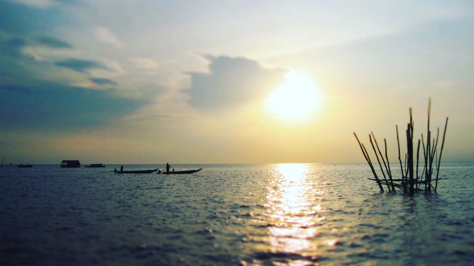 cambodge - photographie du jour   coucher de soleil sur le tonle sap