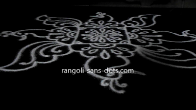 peacock-rangoli-for-New-Year-159aj.jpg