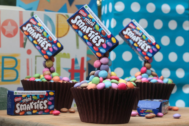 Smarties Anti Gravity Cupcakes