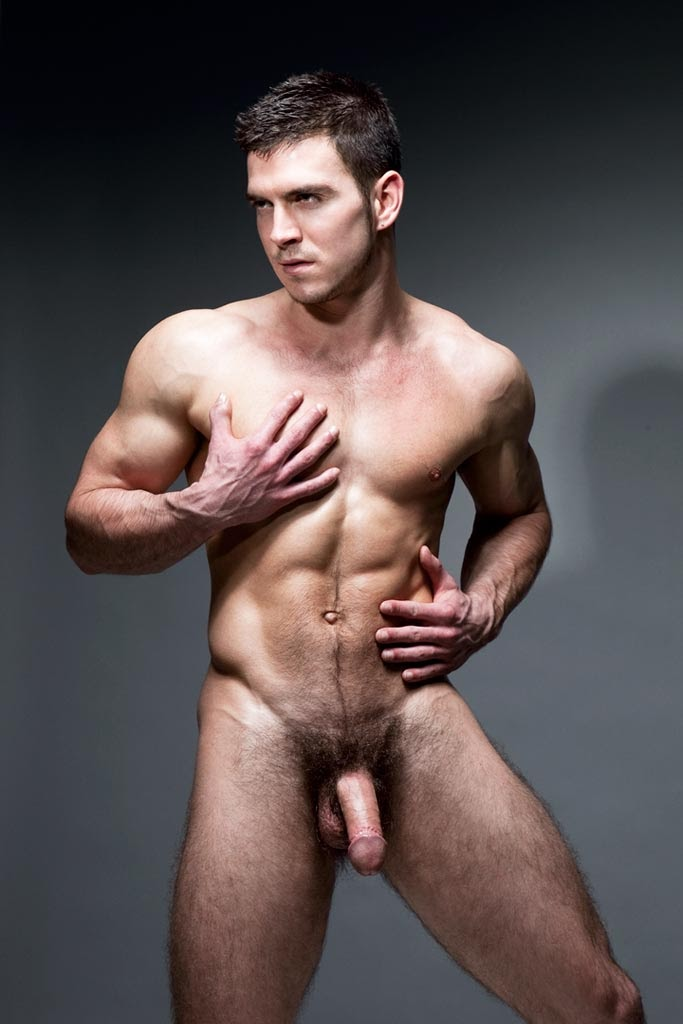 фото голых мужиков полностью без трусов