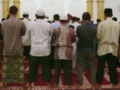 Hukum Di Perbolehkannya Shalat Birrul Walidain  Dan Liqodloid Dain Menurut Syara'
