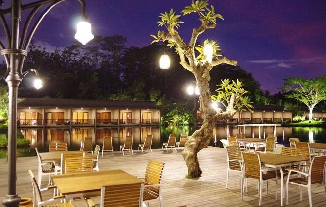 Kelapa Resto at The Westlake Resort