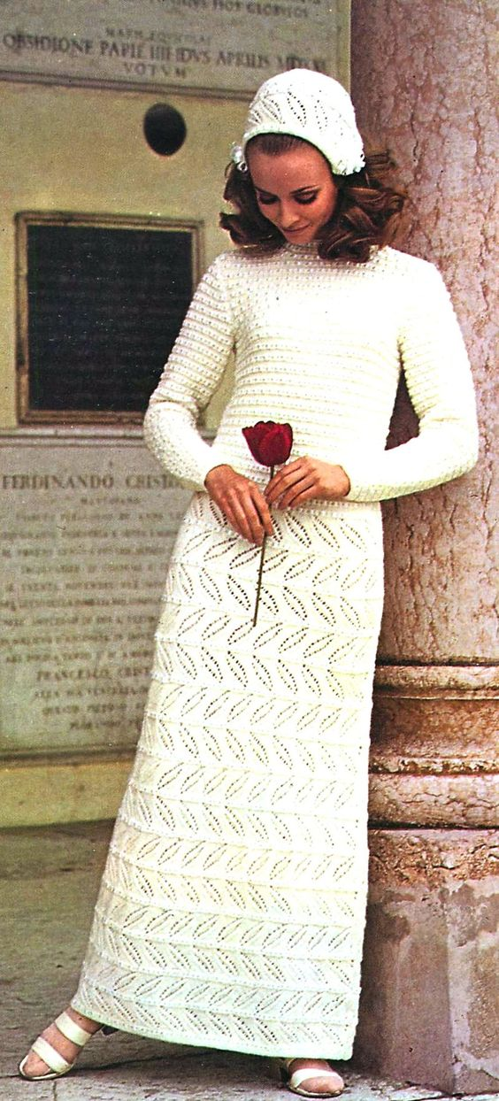Bootie Knitting Patterns Easy : BRIDE CHIC: BRIDAL FASHION OF THE 1960s-70s