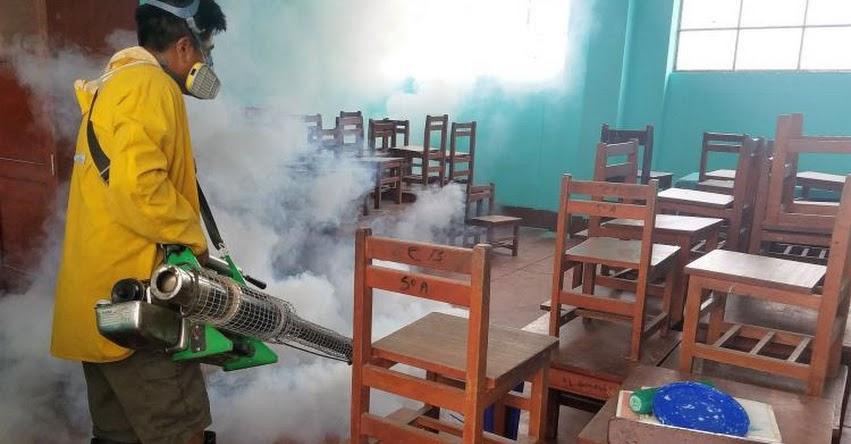 Intensifican jornadas de fumigación en colegios de Sullana ante inicio de clases