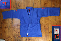https://www.fightingfilms.fr/produit/judogi-kimono-judo-superstar-fighting-films/?attribute_pa_taille=170&attribute_pa_couleur=blanc
