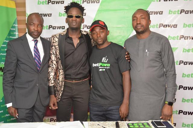 BetPawa & Mr. Eazi award Nigerian Big winner who bet N100 and won N1.8million