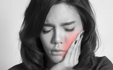 pessoa-com-dor-de-dente