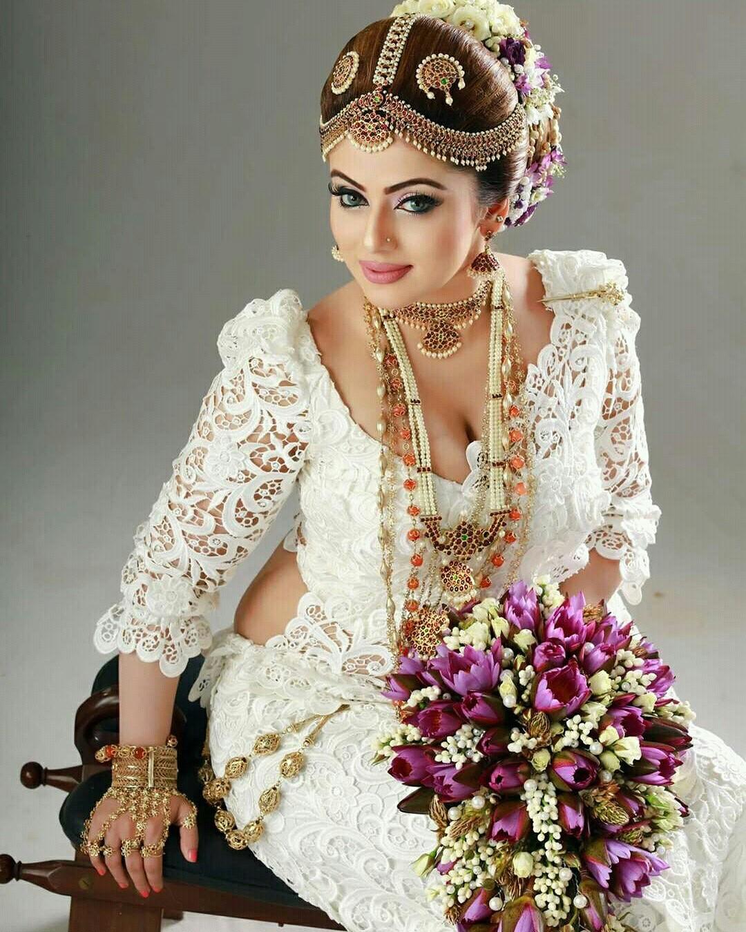Actress & Models: Nathasha Perera
