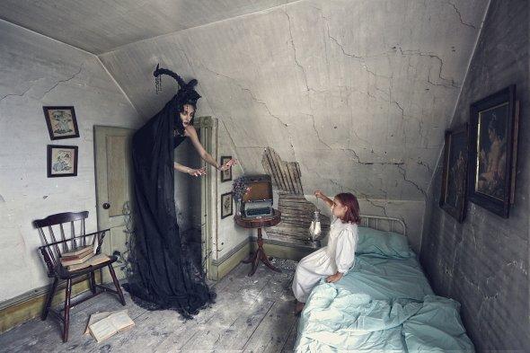 Karen Jerzyk arte fotografia surreal fashion macabra vintage sonhos sombrio fantasia terror