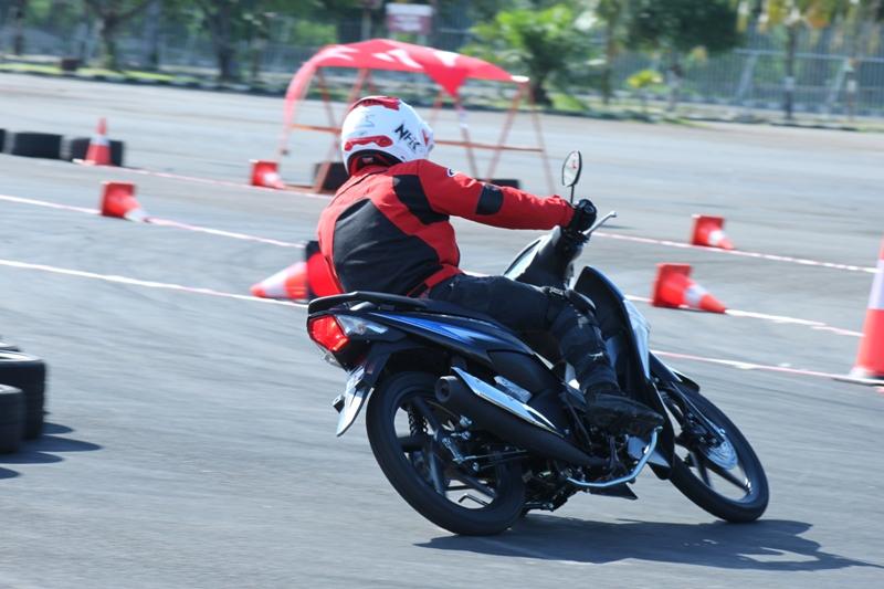 Inilah Berbagai Fitur Menarik yang Akan Anda Temukan dalam Honda Revo FI