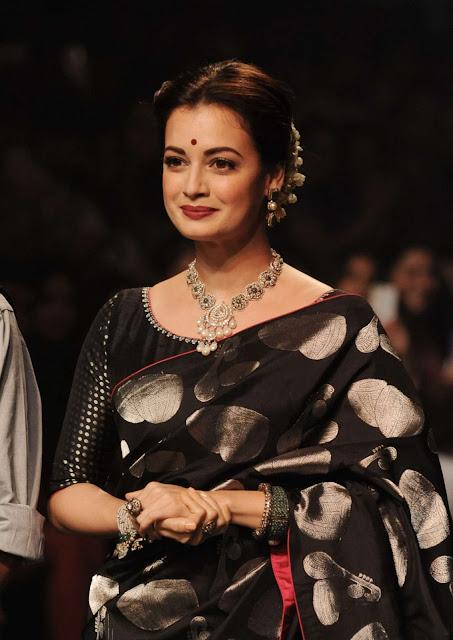 Dia Mirza – Lakme Fashion Week 2016 in Mumbai
