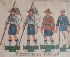 FRATERNAL - Escotismo Adulto  O uniforme da AEP. Sua evolução ao ... c3e3df00795