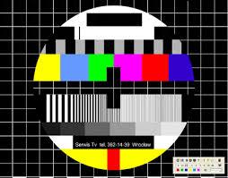 permanezcan atentos a sus televisores