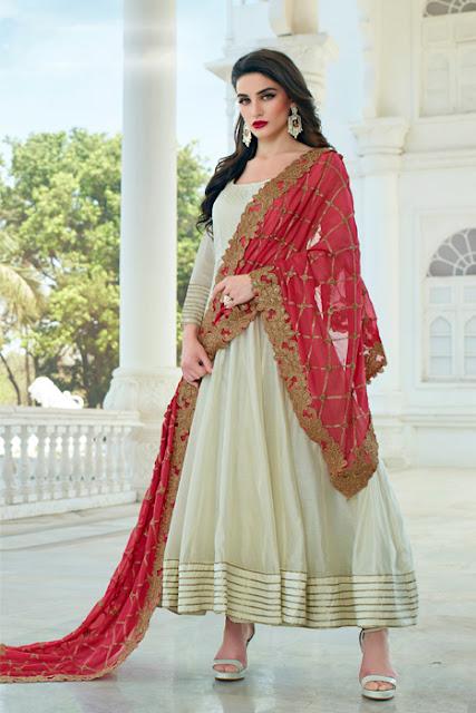 इस शादी के सीजन में हो जाएं क्रिएटिव और अपने पुराने लहंगों को दें नया लुक, old lehnga reuse, old lehanga new look, recreate new look, wedding party wear, bridal lehanga, dupatta draping styles