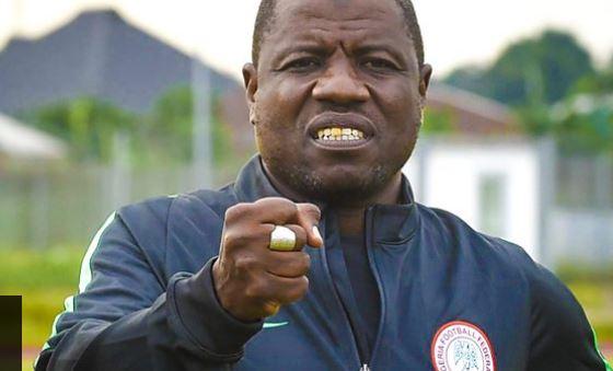 Nigeria Coach, Salisu Yusuf Caught On Camera Taking Bribe (VIDEO)