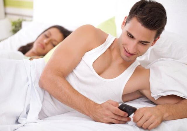 Six Sleuthing Technologies to Catch a Cheating Boyfriend