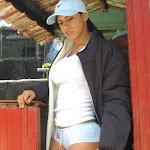 Andrea Rincon, Selena Spice Galeria 33: Gorra Azul, Cachetero Azul Foto 20