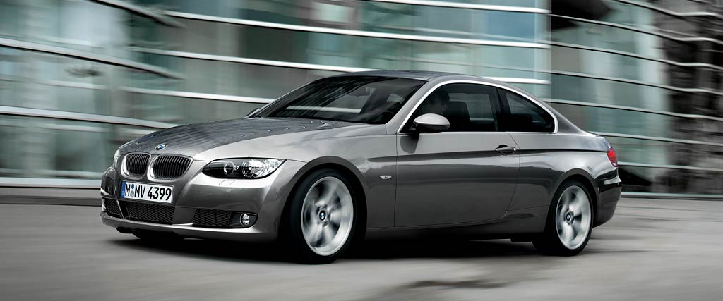 world automotive center bmw 320i coupe awaited the fans with luxury features. Black Bedroom Furniture Sets. Home Design Ideas