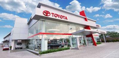 Auto2000 punya Dealer Toyota Glodok Plaza