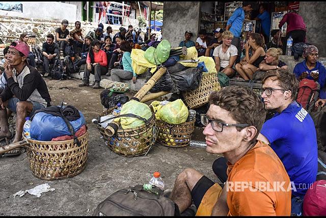 """Panik Gempa Lombok, Bule-Bule Non Muslim Pun Teriak """"Allahu Akbar!"""" 8"""