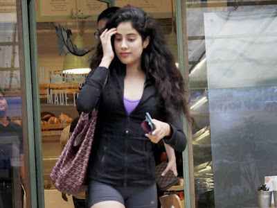 Jhanvi Kapoor Looks And Images, Jhanvi Kapoor Latest Photo And Pictures, Dhadak Movie Heroine Jhanvi Kapoor Images & Wallpapers