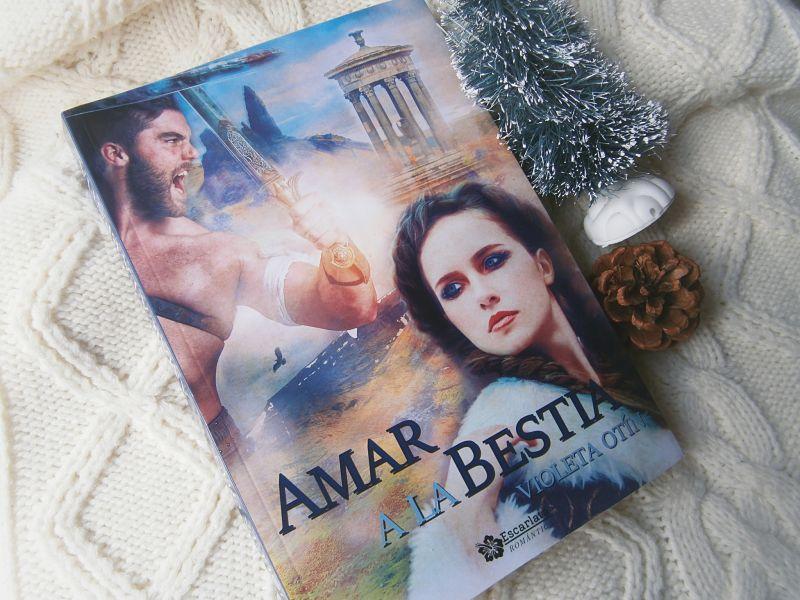 Foto de la portada del libro reseñado: Amar a la bestia de la autora Violeta Otin