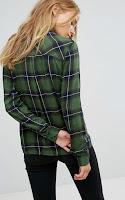 Chemise à Carreaux Pull & Bear via Asos