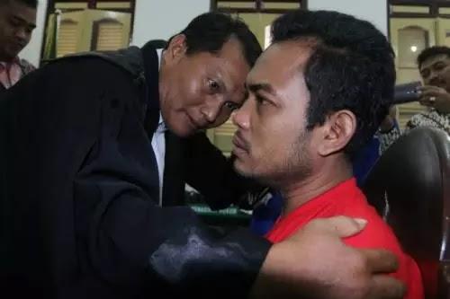Divonis Hukuman Mati, Andi Lala Pembunuh Sekeluarga di Medan Menangis