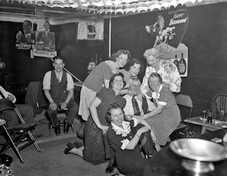 History In Photos Leslie Jones