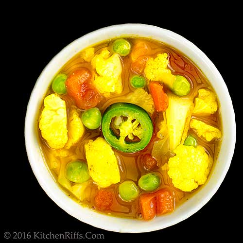Curried Cauliflower and Chicken Soup