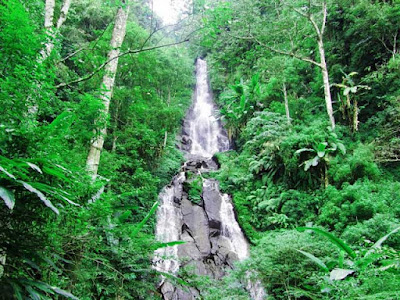 Girimanik waterfall