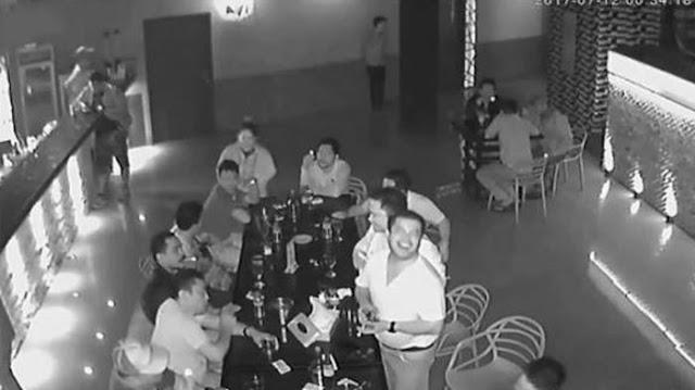 Beredar, Video Pria Diduga Kapolres Simalungun Mabuk dan Cekoki Warga dengan Miras