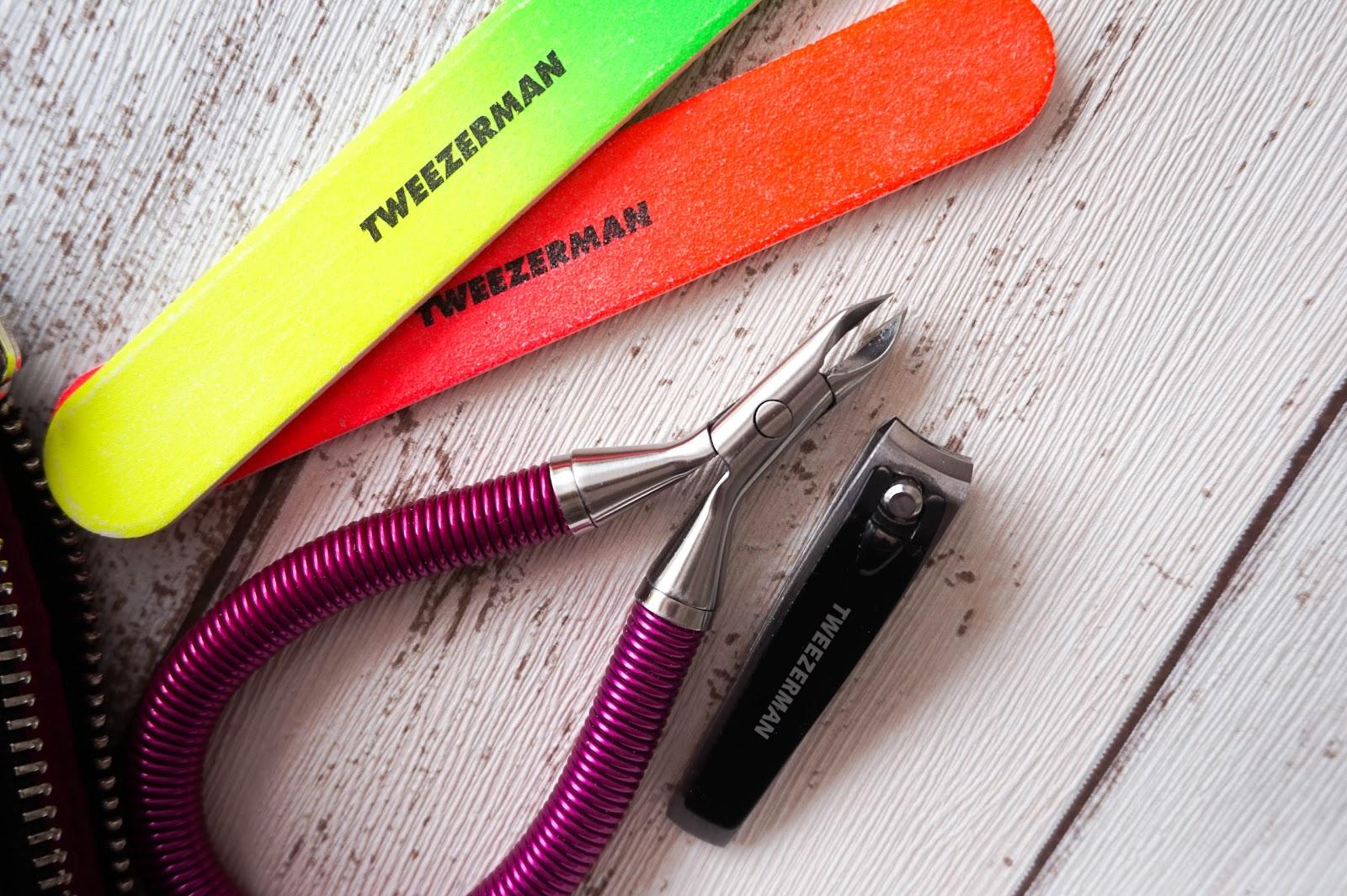 Manicure Essentials, Tweezerman, Essie, Gallinee