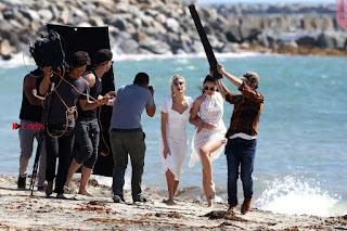 Hailey-Baldwin-in-Swimsuit-511+%7E+SexyCelebs.in+Exclusive.jpg