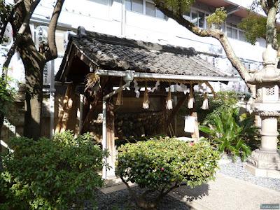 サムハラ神社手水舎