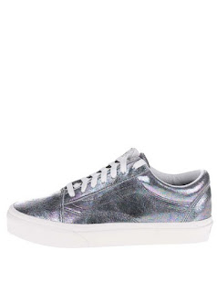 Pantofi sport argintii Vans Old skool din piele cu aspect lucios pentru femei
