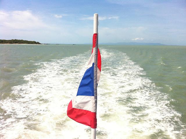 La bandera Thai en todas partes