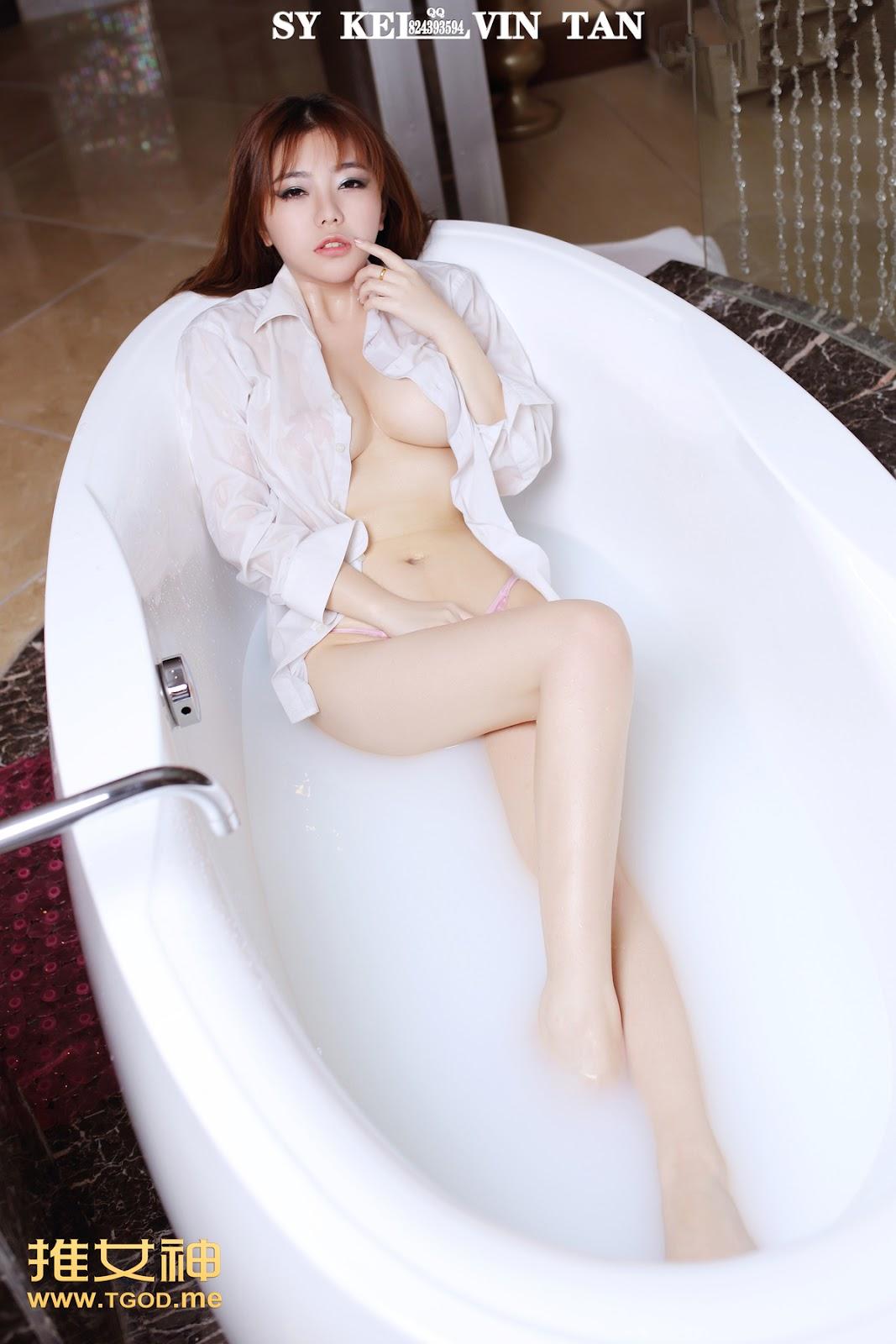 04 - TGOD Sexy Nude FAYE