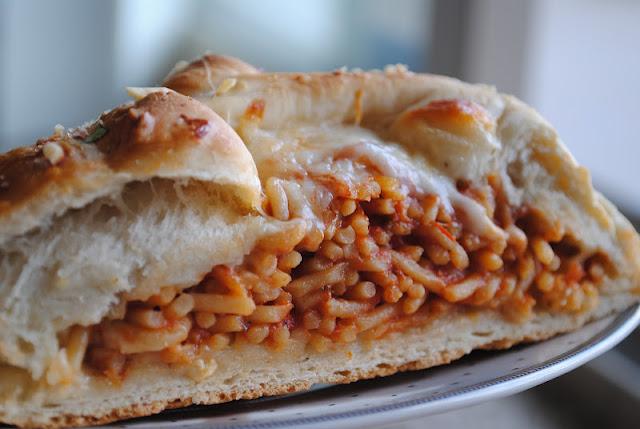 Pão de spaghetti: que ideia maluca é essa?