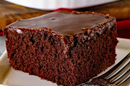 Homemade Chocolate Cake With Chocolate Frosting