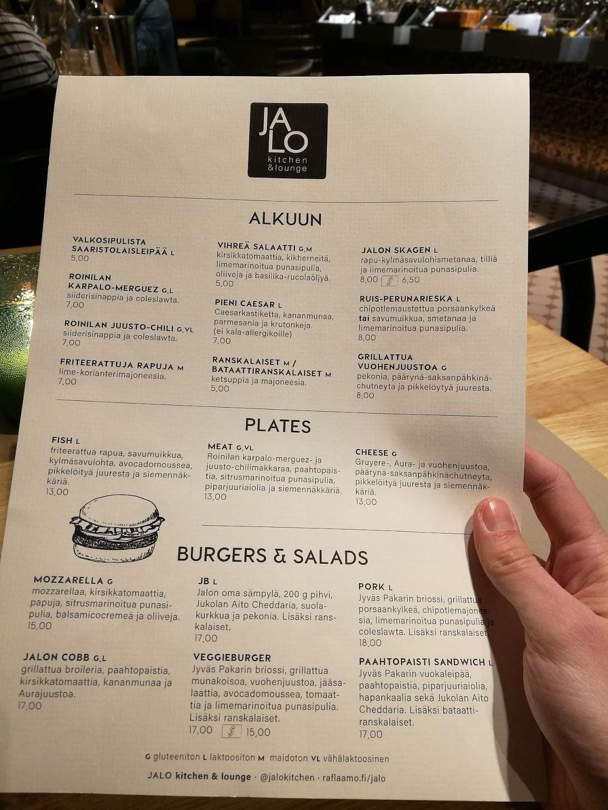 jyväskylä jalo kitchen & lounge ravintola hampurilaistesti hampurilainen mallaspulla
