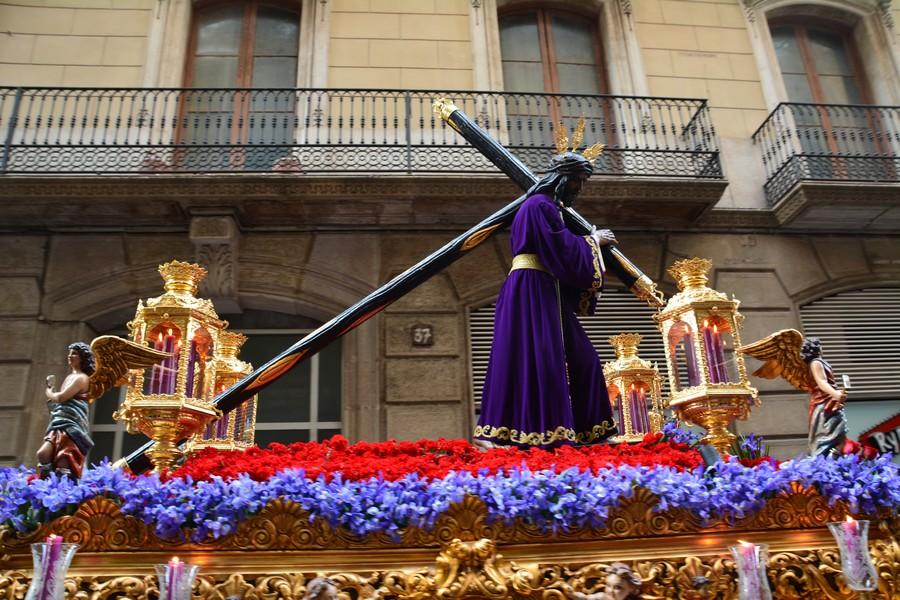 Char du Chirst Procession de Pâques